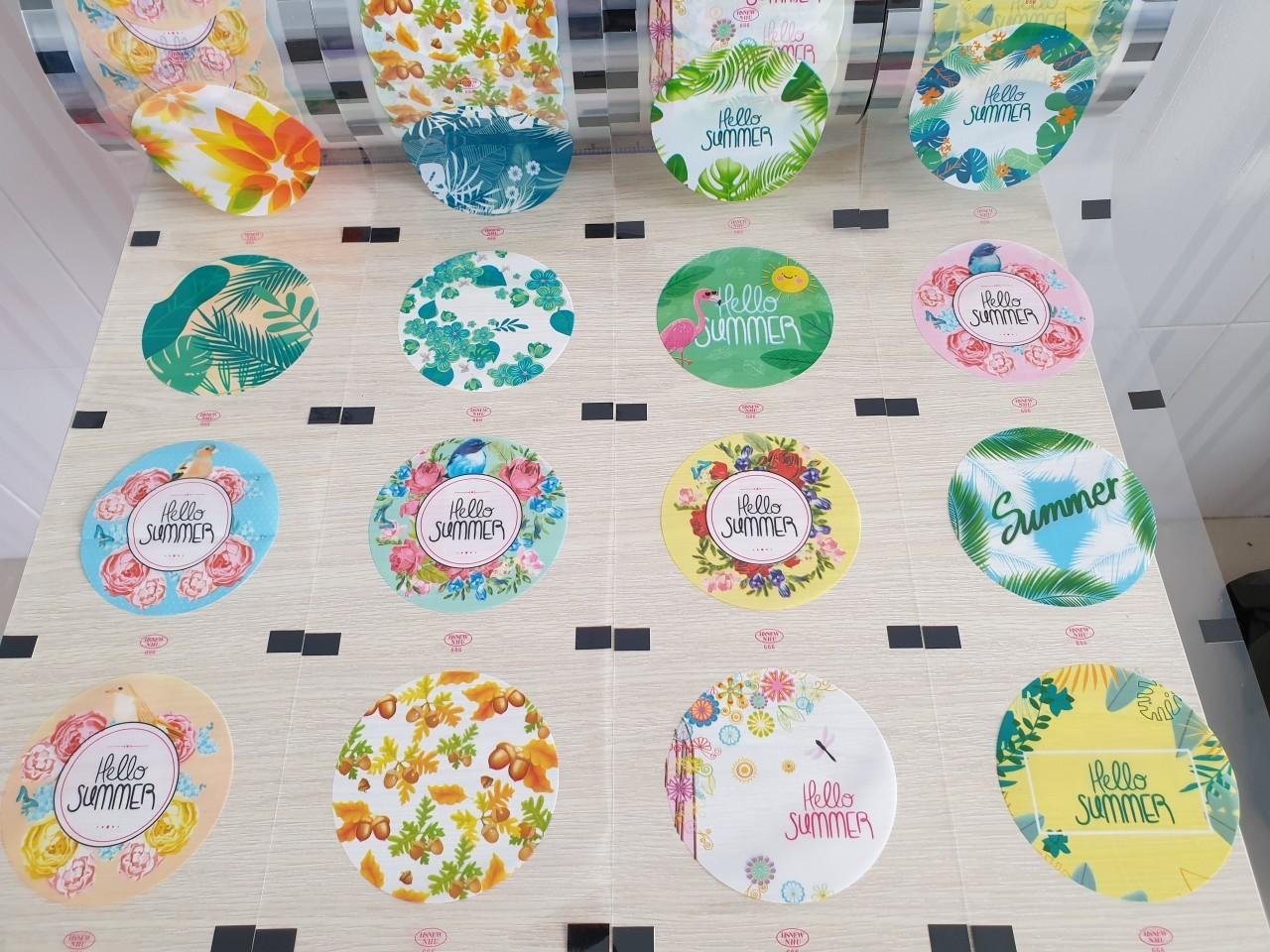 Cuộn màng dán ly nhựa mẫu summer